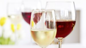 вино вредит зубам